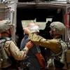 İşgal Güçleri Batı Yaka ve Kudüs'te 22 Filistinliyi Gözaltına Aldı