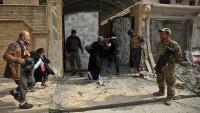 Irak güçleri, Musul'un batısında ilerliyor