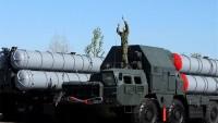 Rusya S-300'leri İran'a Vermiyor