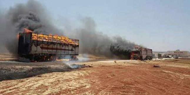 Foto: Suriye Savaş Uçakları, Türkiye'den Teröristlere Giden Destek Konvoyunu Vurdu, Çok Sayıda Terörist Gebertildi