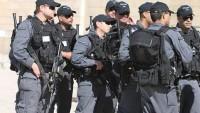 Siyonist İsrail Güçleri Şehit Fadi Kamber'in Aile Fertlerini Gözaltına Aldı