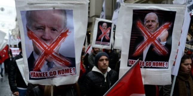 Joe Biden İstanbulda Protesto Edildi