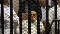 Mısır eski diktatörü Mübarek, Mısır halkından Sisi'ye destek vermelerini istedi.
