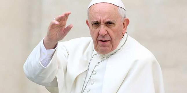 Papa Ülkesine Döndü…