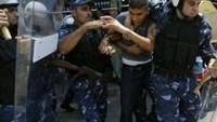 Abbas Güçleri Batı Şeria'da 5 Hamas Üyesini Gözaltına Aldı…
