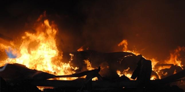 Gebze'de kimya fabrikasında patlama
