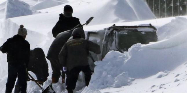 Japonya'da Etkisini Artıran Kar Yağışı Nedeniyle 6 Kişi Hayatını Kaybetti…