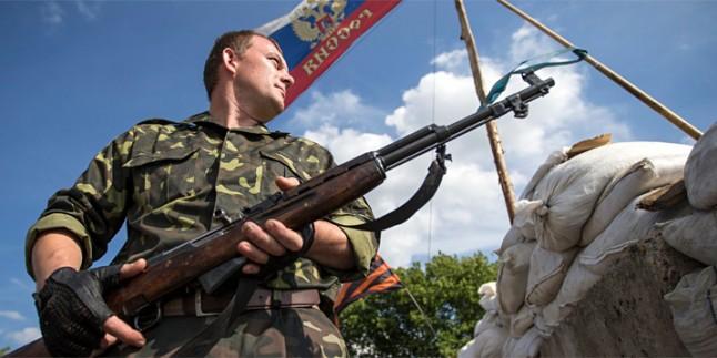 Ukrayna'da Donetsk Havalimanı çevresinde geçici ateşkes