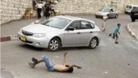 El-Halil'de siyonist sürücü Filistinli çocuğa çarpıp kaçtı