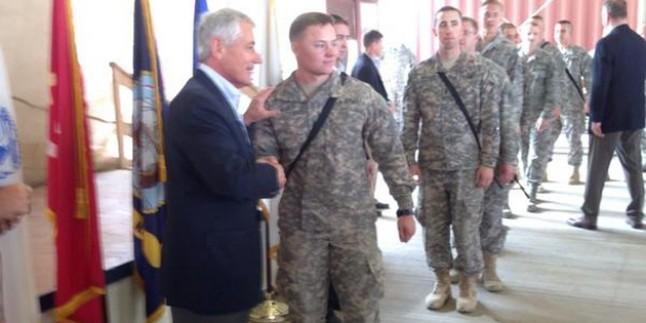ABD Savunma Bakanı Hagel Irak'ta