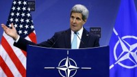 Büyük Şeytan ABD'nin Dışişleri Bakanı John Kerry: İsrail'in ihlallerine fazla odaklanmayın