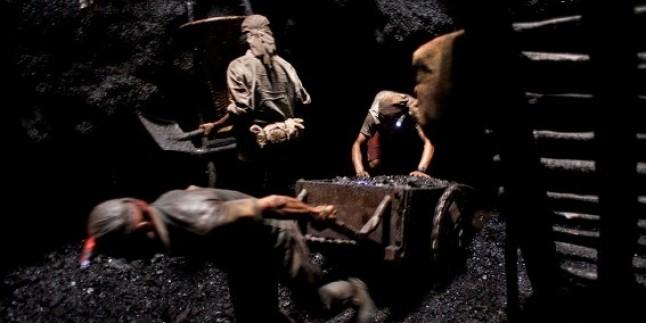 Hindistan'da maden işçileri 5 günlük grevde…