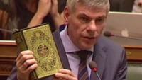 Belçika meclisinde Kur'an'a saygısızlık