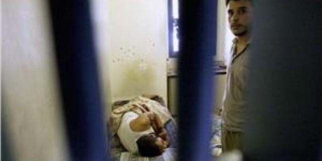 Siyonist İsrail'in Eshel ve Ramon Cezaevlerindeki Hasta Esirlerin Durumu Kötüleşti…