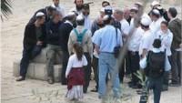 Siyonist Yerleşimciler, Mescid-i Aksaya Baskın Düzenledi
