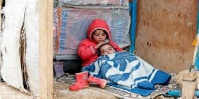 Gazze'de Sel Baskınları Bir Bebeğin Boğularak Ölmesine Yol Açtı…