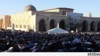 Mescid-i Aksa imamı Kral Abdullah'ı övdü, cemaatin elinden zor kurtuldu