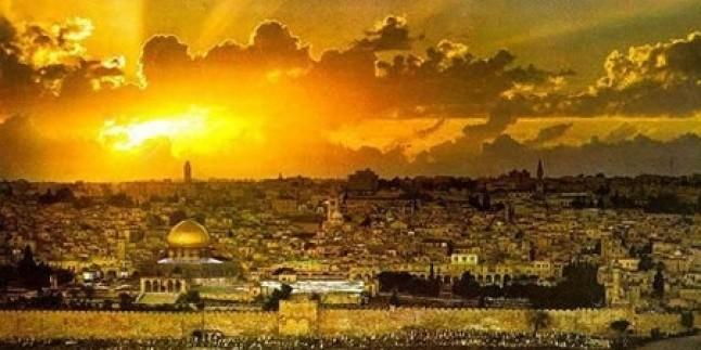 Mescid-i Aksa'da Peygamberimizin Doğumu Nedeniyle Cuma Namazından Önce Etkinlik Düzenlendi…