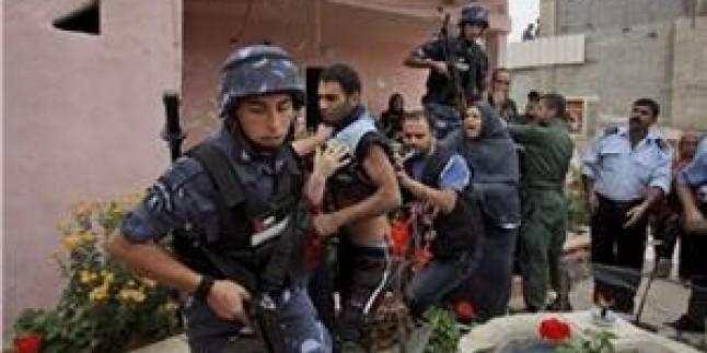 Abbas Yönetimi 5 Hamas Mensubunu Daha Tutukladı…