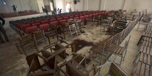 Pakistan'da baskına uğrayan okul yeniden açıldı