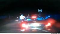 Video –ABD Polisi, Araçtaki Vatandaşı Katlediyor…