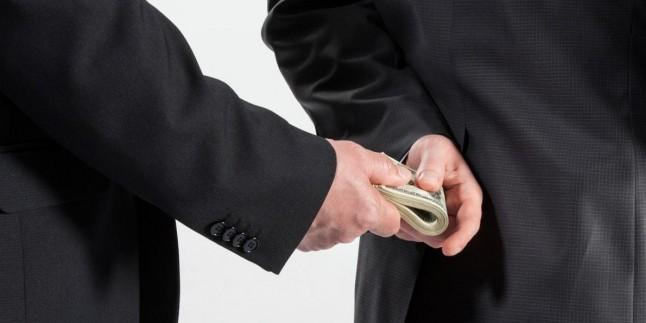 İlk Mahkemelerinde Hırsızlıkları Sorgulanamayan Bakanlar İçin Tekrar Toplanıldı!