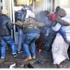 Güney Afrika'da 121 kişi tutuklandı