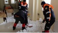 Erzurum'da çığ gözlem tesisine çığ düştü