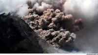 Şili'de yanardağ alarmı…