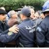 Cezayir'de polis, hükümetin kaya gazı çıkartma projesini protesto edenlere müdahale etti, 40'ı polis 60 kişi yaralandı…