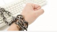 'İnternete sansür yasası' yeniden gündemde
