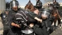 İşgal Güçleri, Batı Yaka'da Düzenledikleri Baskınlarda 8 Filistinliyi Gözaltına Aldı.