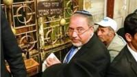 Siyonizmin Azmış Köpeği Lieberman, İbrahim El-Halil Camii'ne Baskın Düzenledi.