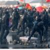 Avrupa Merkez Bankası'nı protesto için Frankfurt'ta yapılan eyleme polisten sert müdahale geldi.