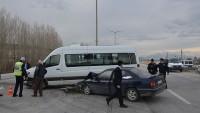 Karaman'da trafik kazası: 14 yaralı