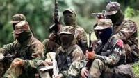Kolombiya'da barış görüşmeleri sürerken FARC gerillaları 10 askeri öldürdü.