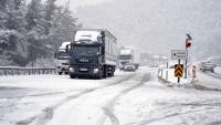 Bolu'da Kar Kalınlığı 33 Santimetreye Ulaştı