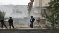İsrail belediyesi Silvan beldesi El-Levze Mahallesi'nde bazı evler ve inşaat halindeki binalar için yıkım kararı bildirdi.