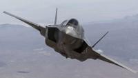 Fars Körfezi'nde ABD'ye Ait Savaş Uçağı Düştü