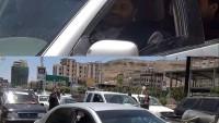 Foto: Yemen devrim komitesi lideri Muhammed Ali el-Husi benzin kuyruğunda