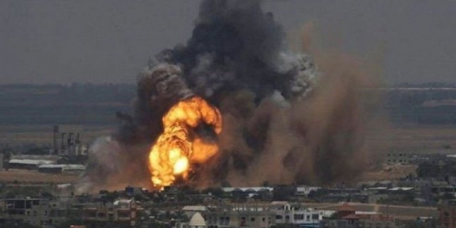 Suudi koalisyon Hudeyde'ye saldırdı