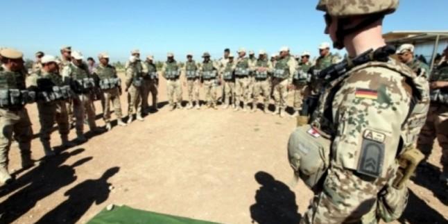 NATO Konvoyuna Bombalı Saldırı: 8 Ölü