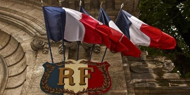 Fransa'dan nükleer anlaşmayla ilgili İran'a küstah çağrı