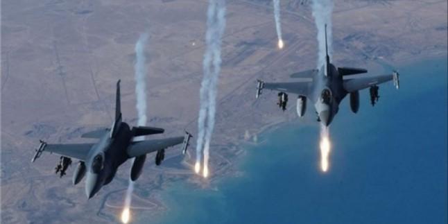 Amerika Suriye'deki eski üssünü vurdu