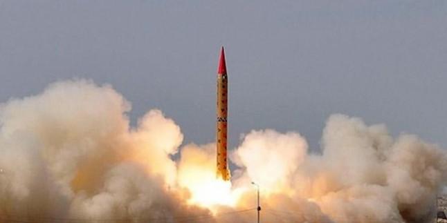 Kuzey Kore Doğu Denizi'nde (Japon Denizi) yeni bir füze denemesi yaptı