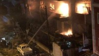 Siyonist İsrail İHAları İslami Cihad Hareketi'nin Siyasi Birimi Üyesi Ekrem El-Acuri'nin Şam Yakınlarındaki Evini Füzelerle Vurdu: 2 Şehid, 6 Yaralı
