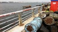 Suudi koalisyon güçleri Yemen'in petrolünü çalıyor