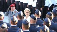 Almanya Savunma eski Bakanı: İran ABD'nin Ayn el Esad Üssünü Vurarak Dünyaya Açık Bir Mesaj Gönderdi