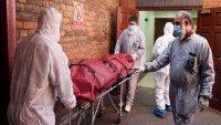 İtalya'da Kovid-19'dan ölenlerin sayısı 25 bin 549'a yükseldi