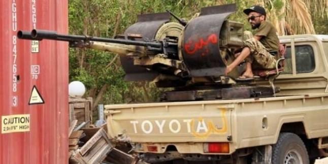 """""""Türkiye Libya'ya 3 Binin Üzerinde Suriyeli 'Paralı Asker' Konuşlandırdı"""""""